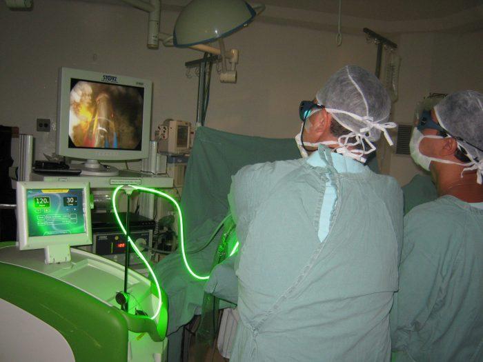 интраректальная лазеротерапия