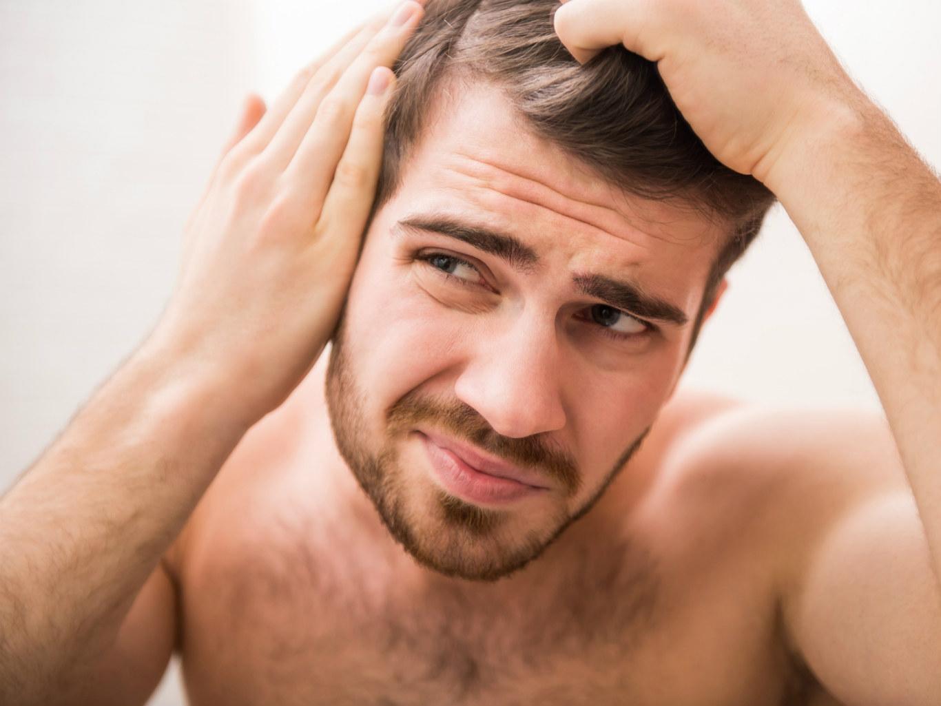 Как мужчине восстановить волосы после облысения