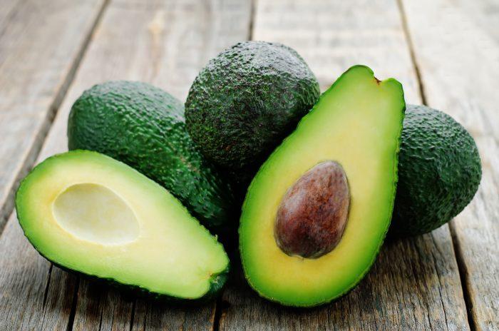авокадо является настоящим кладезем витамина Е