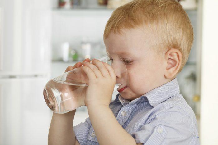 ребенок много пьет