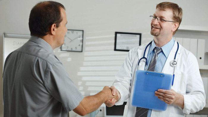 пациенту нужно обратиться к специалисту